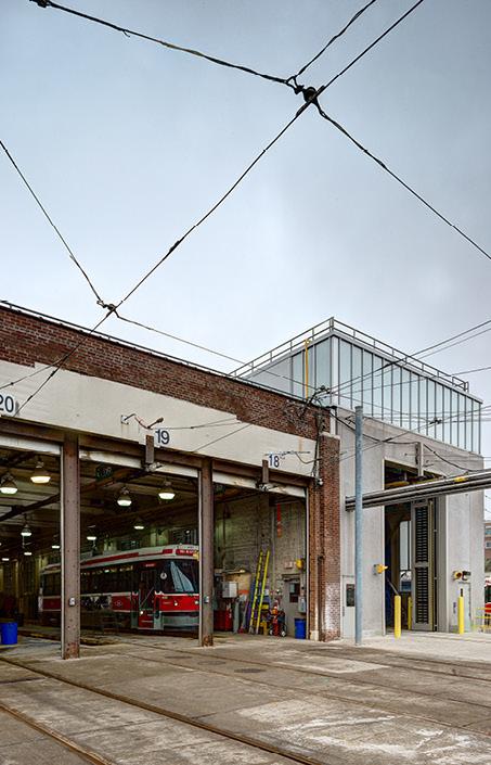 Ttc roncesvalles carhouse maintenance facility strasman for Car house